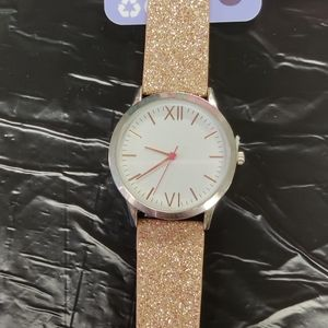 NWT ....Claire's watch